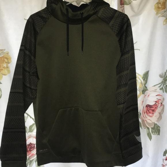 Olive Green Nike Men s Large Nike Dri-fit hoodie. M 5a5277179a9455b57001b147 1b884a3c8